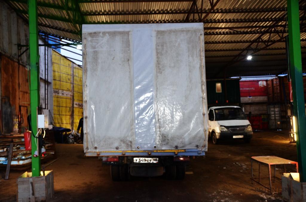 Увеличение тента грузовика Fenix в Санкт-Петербурге